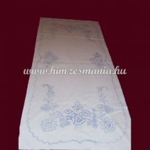 Pre-stamped table runner - hand embroidery - hungarien folk motif -  rectangular - 37x87 cm