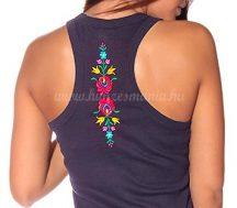 Hímzésmánia - hátulján hímzett matyó mintás trikó - kék - (XL)