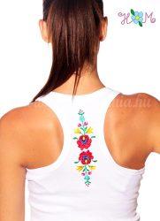 Hímzésmánia - hátulján hímzett matyó mintás trikó - fehér