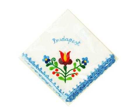 Matyó mintás hímzett zsebkendő - kék szegéllyel