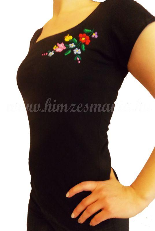 Hímzésmánia póló kalocsai mintával - fekete (S, M, L, XL)