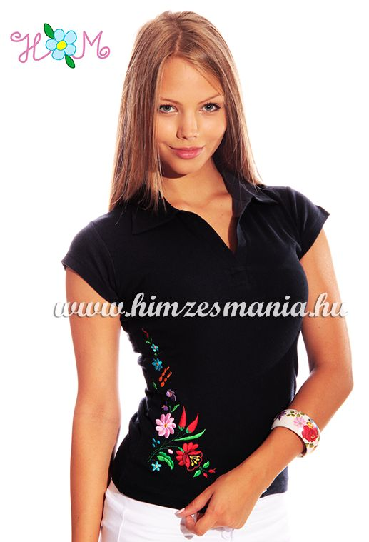 Hímzésmánia - kalocsai mintás női galléros póló - fekete