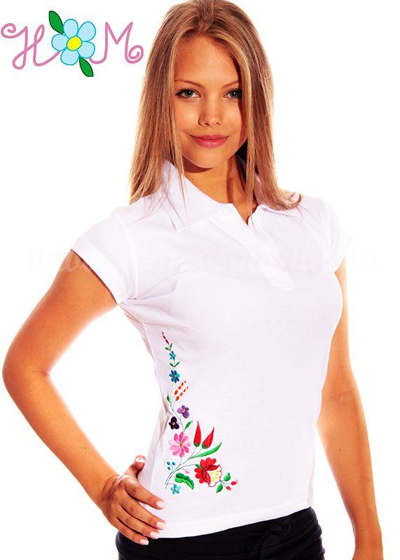 Hímzésmánia - kalocsai mintás női galléros póló - fehér