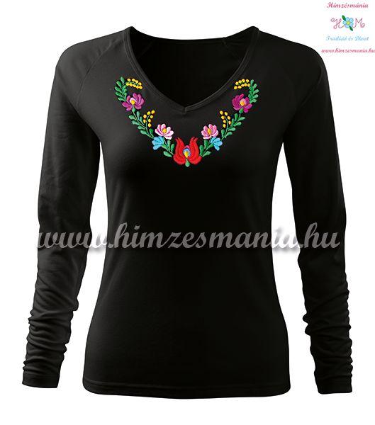 Hosszú ujjú, V-nyakú női póló, kézi hímzésű szív alakú matyó mintával - Hímzésmánia - fekete