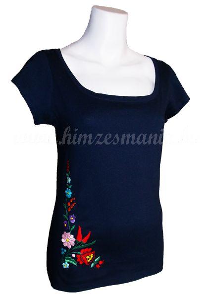 Hímzésmánia - kalocsai hímzett póló - sötétkék (S, M, L, XL)