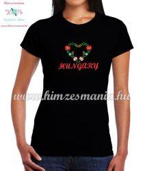 HUNGARY feliratos hímzett női póló matyó szív mintával - fekete