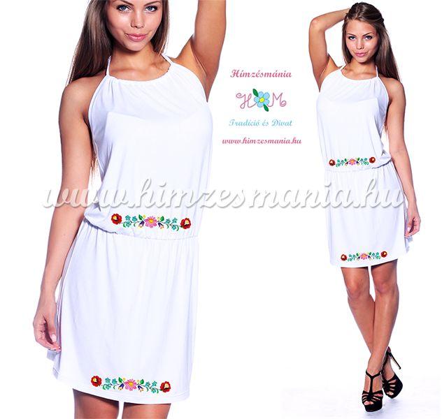 e6e93c35d0 Kalocsai mintás nyakba kötős nyári ruha - Hímzésmánia - fehér ...