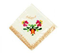 Matyó mintás hímzett zsebkendő - barack szegéllyel
