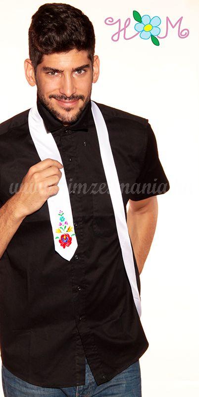 9179d95074 Hímzésmánia - matyó mintás hímzett nyakkendő - fehér - Hímzésmánia ...