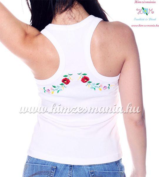 c7058ef2f1 Női trikó hátulján hímzett kalocsai mintával - fehér - Hímzésmánia ...