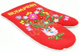 Oven gloves - hungarian folk embroidery- Matyo style - red