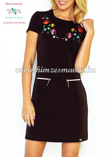 4aea191e9e Kalocsai mintás női ruha - gépi hímzés - fekete - Hímzésmánia ...