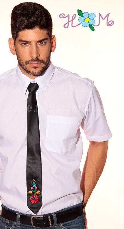 499a1fb51e Hímzésmánia - matyó mintás hímzett nyakkendő - fekete - Hímzésmánia ...