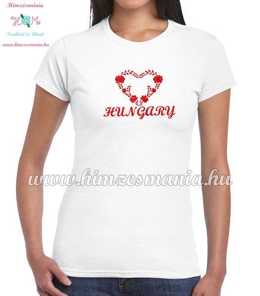 3680cdd170 HUNGARY feliratos hímzett női póló matyó szív mintával - fehér ...