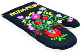 Oven gloves - hungarian folk embroidery- Matyo style - black