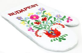 Oven gloves - hungarian folk embroidery- Matyo style - white